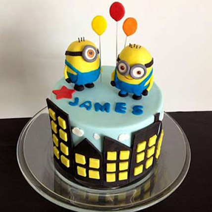 1.5kg minions with balloons
