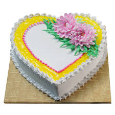 1/2 KG Pineapple eggless cake