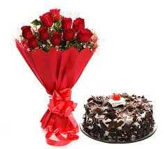 10 rad roses 500g block forest cake